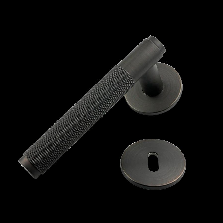 dörrhandtag-door-lever-handle-sotad-brons-buster-punch